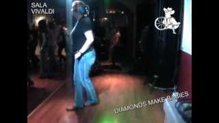 DIAMONDS MAKE BABIES - Country & LineDance - Instructional Video (Teach & Dance)