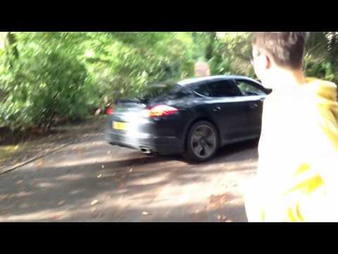 How to drift a Porsche Panamera