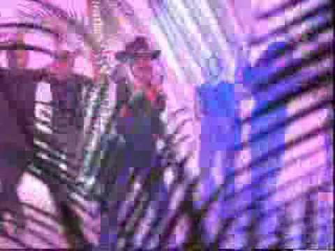 laura leon la abusadora remix a duo con santalucia