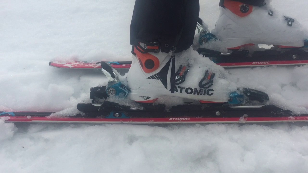 huge discount 4bf18 726e5 2018 Atomic HAWX ULTRA 130 Ski Boot Review