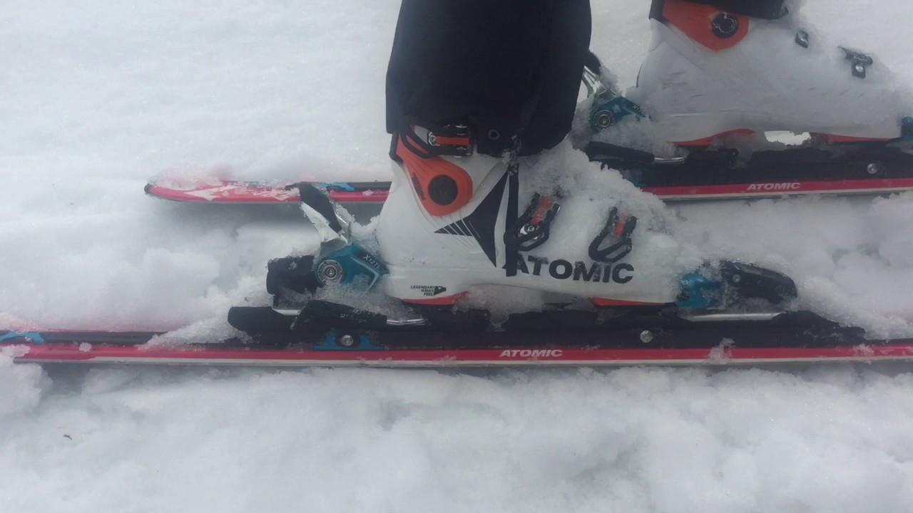huge discount 87cba b7468 2018 Atomic HAWX ULTRA 130 Ski Boot Review