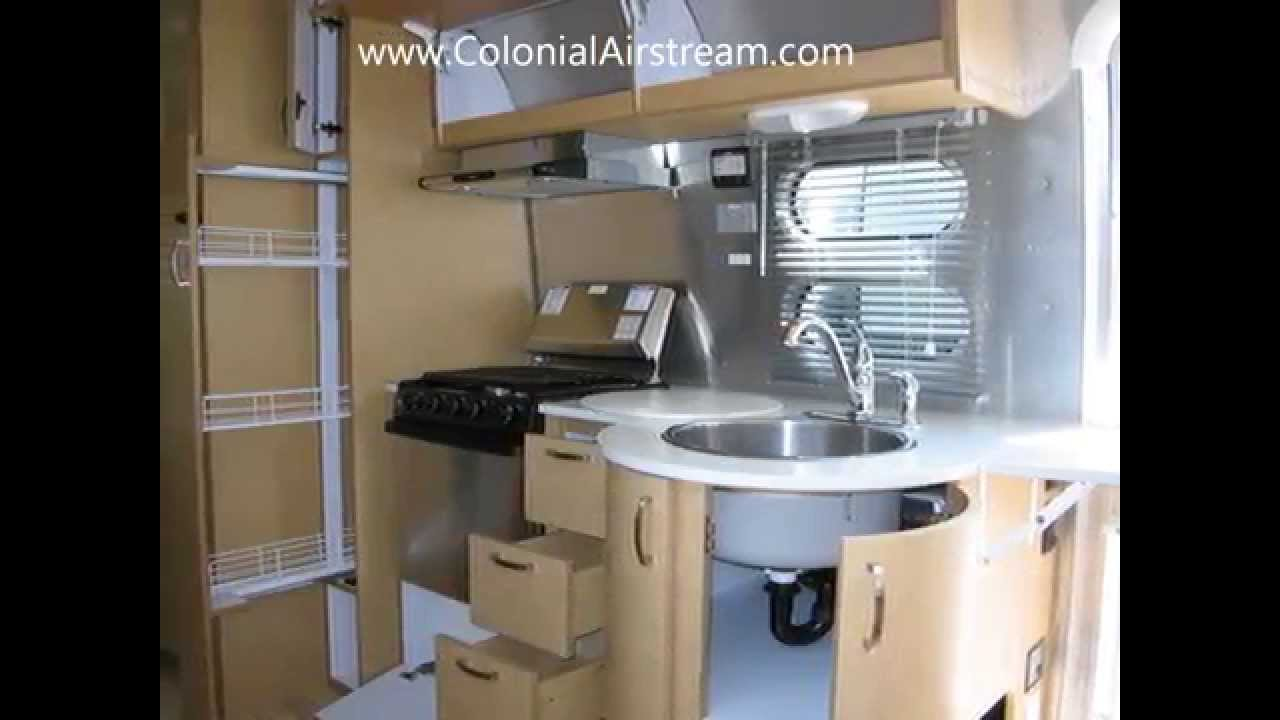 2014 airstream flying cloud 25fb travel trailer twin beds for 2 twin beds for sale