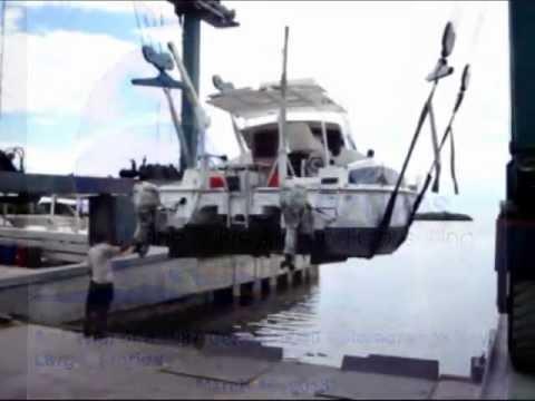Sea Trial of a 1987 30' Gemini Catamaran - Suenos Azules Marine Surveying and Consulting