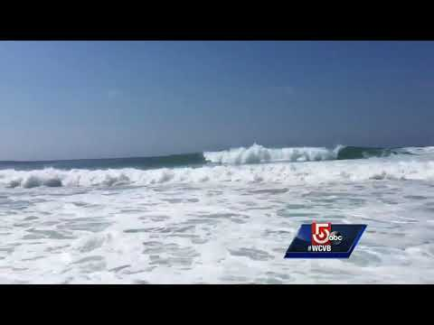 Hurricane Gert contributes to rough seas, huge waves