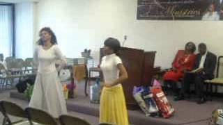 Kirk Franklin - Precious Lamb Of God (Praise Dance)