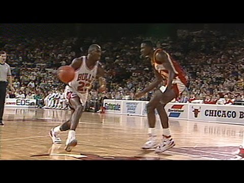 Michael Jordan VS Dominique Wilkins 11.18.88. Wilkins 39 Points, MJ 34 Points