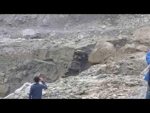 Massive Himalaya Rock Fall. must watch