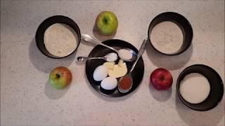 Готовим шарлотку из сезонных яблок