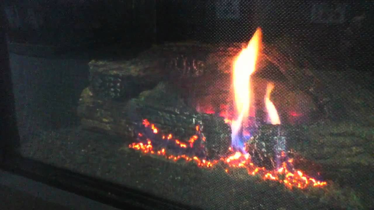 Heatilator Novus 3933 Gas Fireplace - YouTube