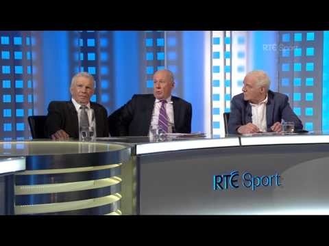 Eamon on what the panel get up to off air | #AskThePanel