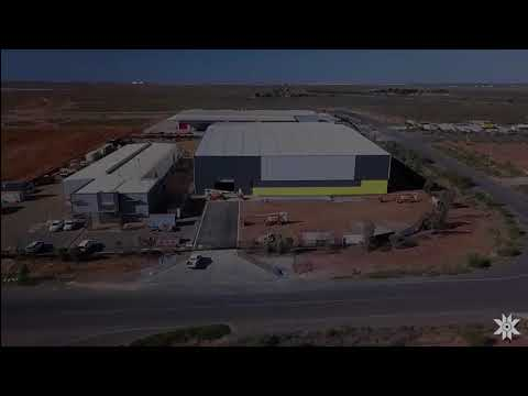 Qube Bulk & Altura Mining's New Lithium Shed (Time-lapse)