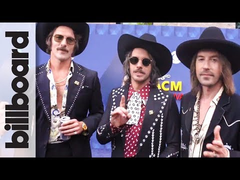 Midland on Re-Cutting 'Drinkin' Problem' in Spanish ('Brindemos') with Jay De La Cueva | ACM 2018