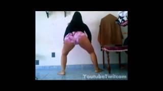gostosa rabuda de shortinho rosa cravado http melhores videos net