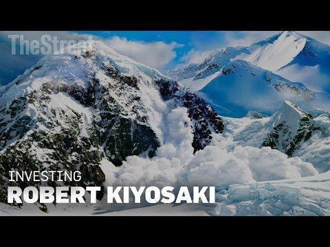 Robert Kiyosaki Says The Next Financial Crash Will be Like an 'Avalanche'