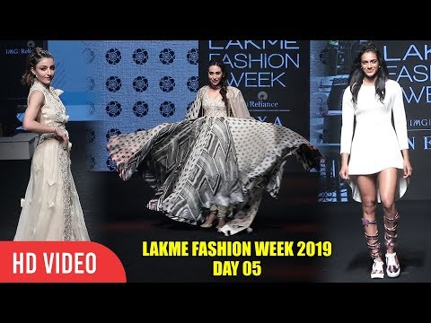 Gorgeous Karisma Kapoor, P. V. Sindhu & Soha Ali Khan Lakme Fashion Week 2019 | Day 05