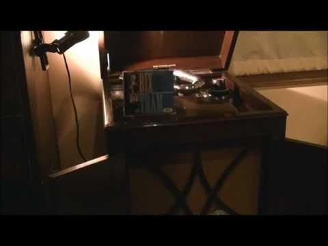 Bix Beiderbecke; SORRY (HMV102 vs. HMV157)