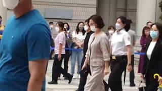 [갬블러tv][짤] 서울 고등법원 서관앞 정경심교수은 …