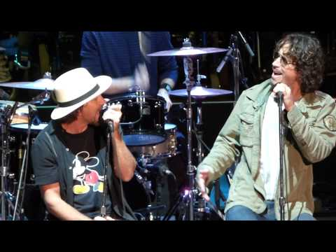 Flashback: Chris Cornell, Eddie Vedder's Final 'Hunger Strike' Duet