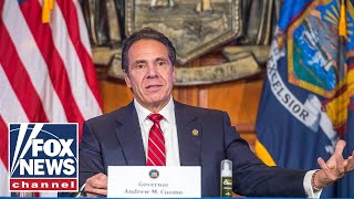 Cuomo blames New Yorkers for school closures