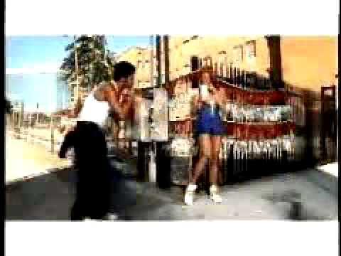 Kelis - Milkshake (original video!!)