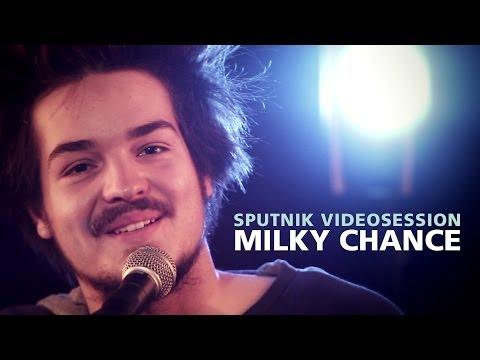 Milky Chance - Stolen Dance (Live & Acoustic) - SPUTNIK Videosession
