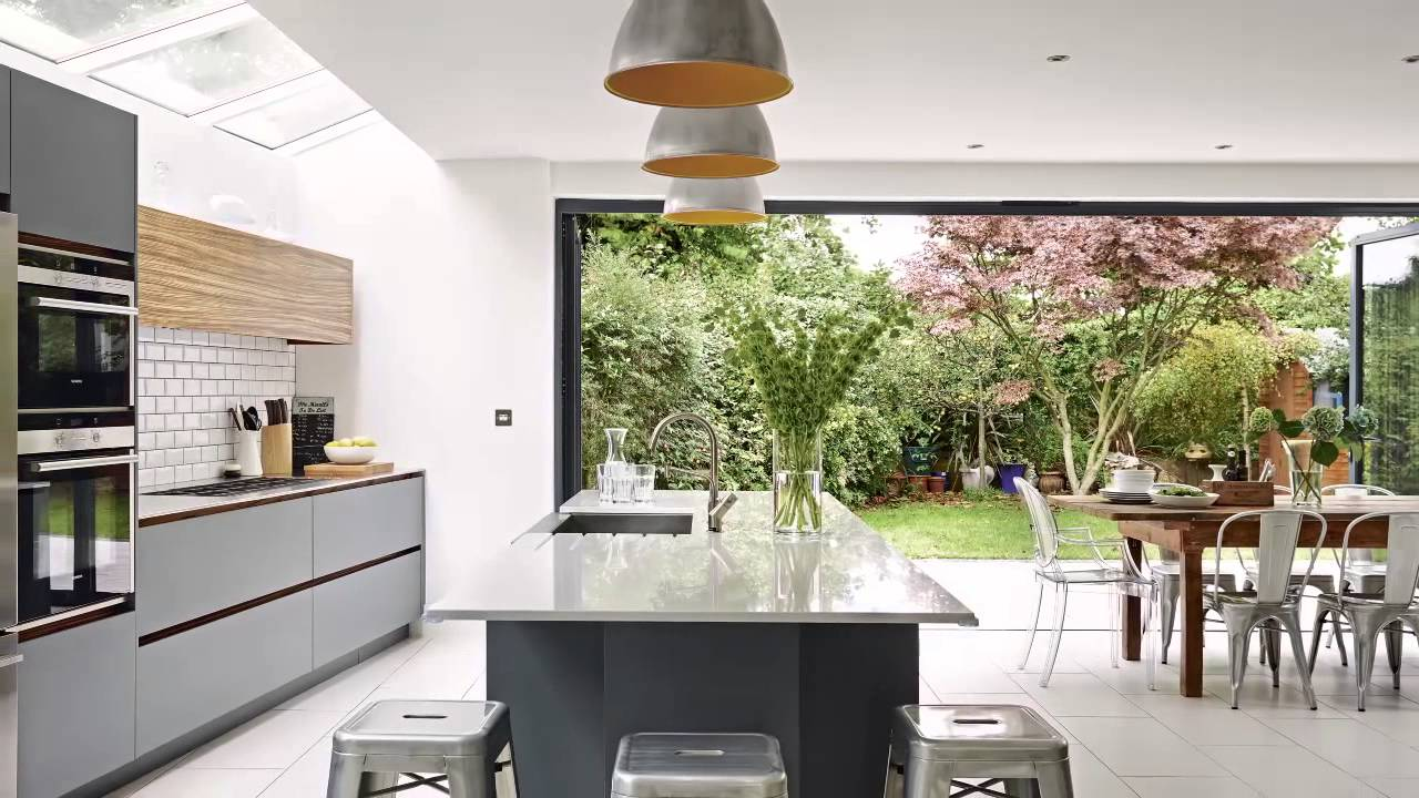 Open house an extended family kitchen in a 1930s home in for Home landscape design suite 8 0 link