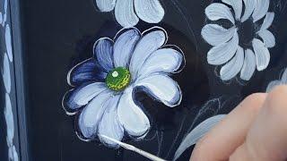 Zhostovo Painting Using Acrylics - Part 5 - Daisy - Tutorial