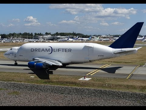 Atlas Air Boeing 747-400LCF Dreamlifter Roaring Out of PAE