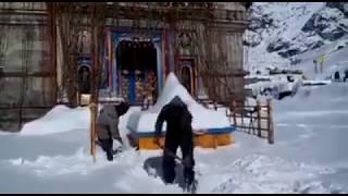 Kedarnath Temple Heavy Snow 2018!