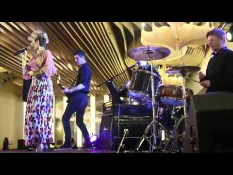 Iulia Dumitrache & Band - Colaj gipsy