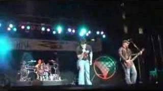 "Fuel ""Bad Day"" Live 8-31-07"