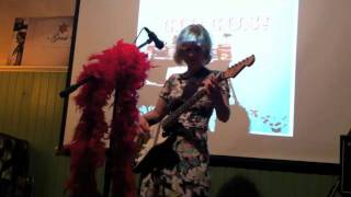 Kitty Solaris @ The Great Magic Songwriting Circus #4
