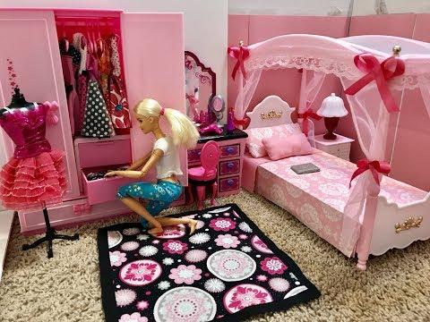 Barbie Bedroom Morning Routine!! Bathroom, Breakfast...