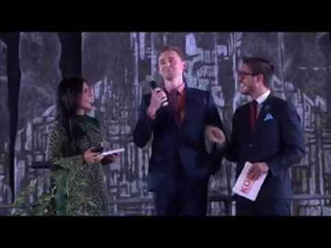 Tom Hiddleston hablando español en la Ciudad de México
