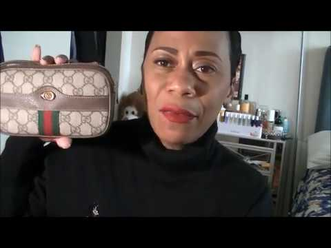 6dab1556113 GUCCI GG SUPREME CANVAS OPHIDIA CASE - YouTube