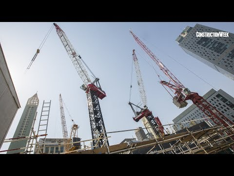 World's largest luffing jib tower crane in Dubai