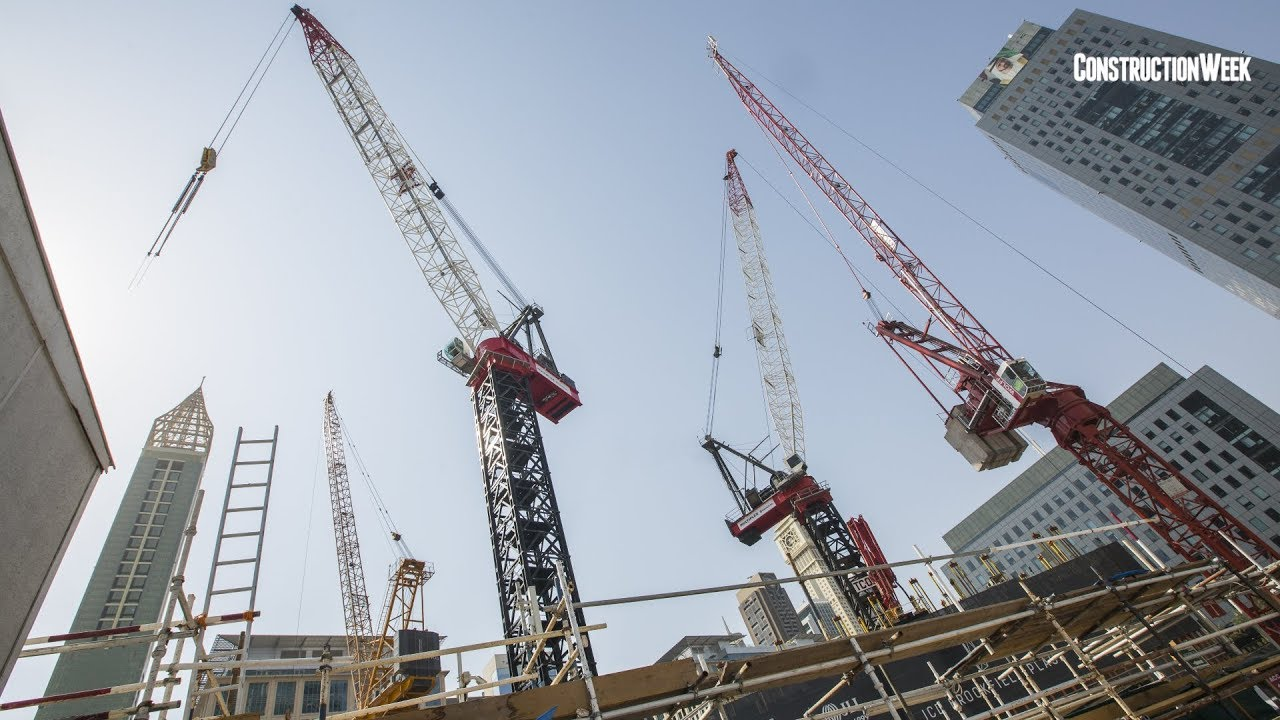 World's largest luffing jib tower crane in Dubai