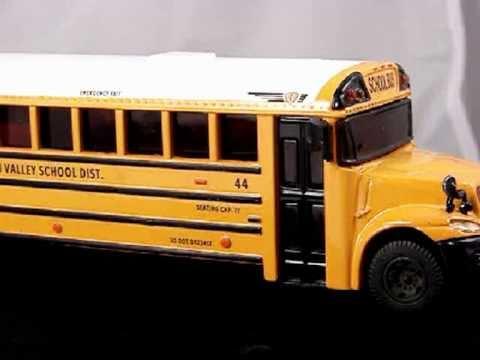 Thomas Built Buses >> International CE School Bus Model 1/57 Scale - YouTube