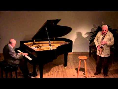 Lee Konitz, saxophone; Martial Solal, piano; Atelier de la Main d'Or