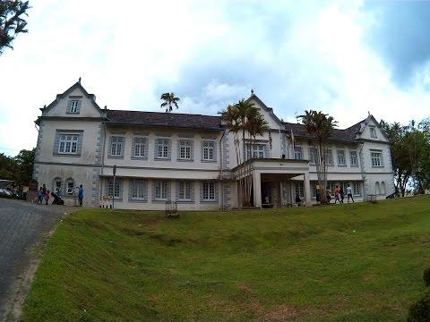 To the Sarawak Museum, Kuching [SJ4000]