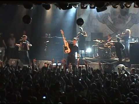 DROPKICK MURPHYS - I´m Shipping Up To Boston (Live in Madrid)