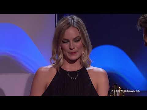 """The Cast of """"I, Tonya"""" Accepts the Ensemble Award - HFA 2017"""