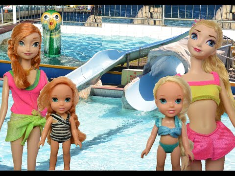 Anna and Elsa Water Park!  Jump Play Swimming Pool Giant Slide Splash Toddlers Toys Water Fun Doll