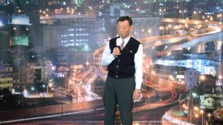 李榮誠先生是齒舞食品公司董事長,專營進口日本海苔類加工食品。