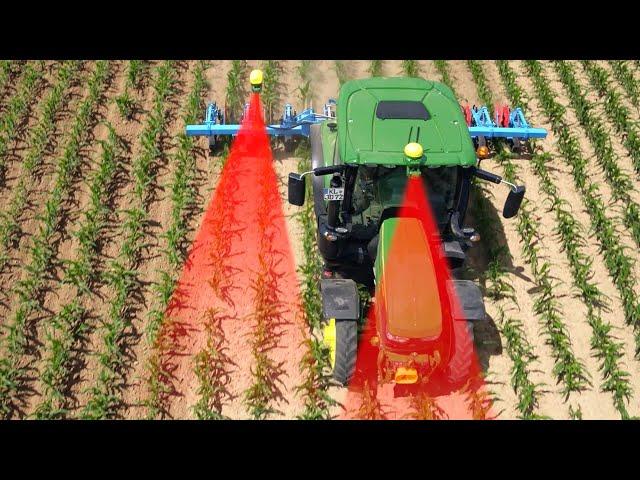 Sistema di guida attivo dell'attrezzo integrato nel trattore
