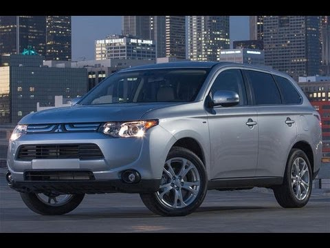 2014 Mitsubishi Outlander First Look-Camerons Car Reviews
