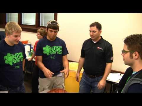 Bechtel Volunteers Support STEM Students