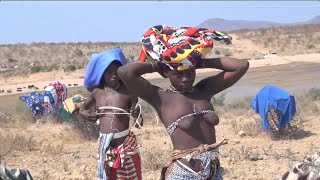 styles and costumes of the Aboriginal African girl