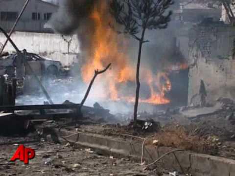 Afghans Say 8 Dead in Suicide Blast