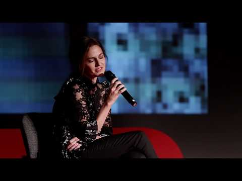 Új valóság nőként  Erika Marozsán  TEDxLibertyBridgeWomen